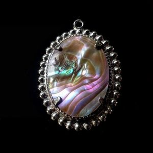 Jewelry - Pink abalone, bright & colorful, silver pendant